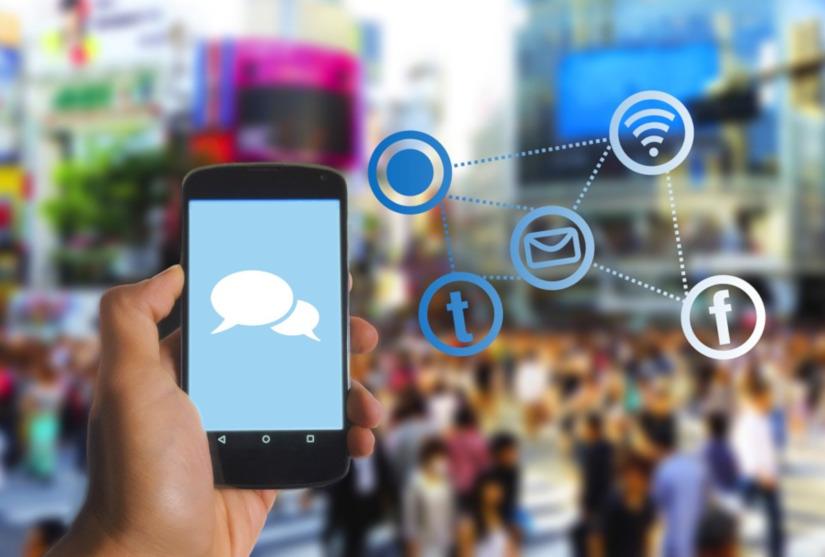 kontakt, media społecznościowe