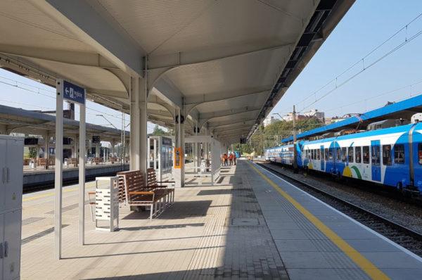 Szczecin: peron nr 3 na Dworcu Głównym bardziej dostępny dla ON