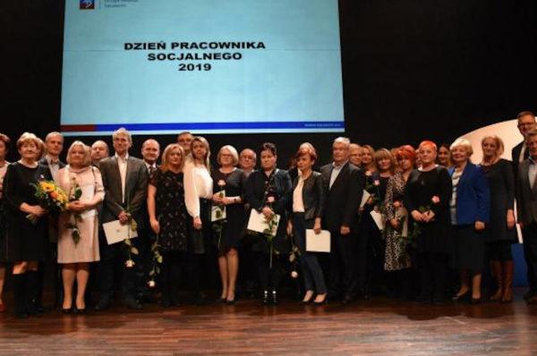 Szczecin: wyróżniono pracowników socjalnych
