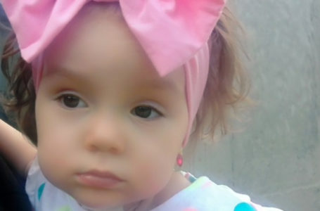Urodzona w Policach 2-letnia Samira potrzebuje pomocy