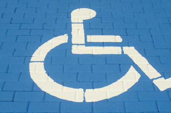 Obowiązują nowe przepisy ws. zwrotu kosztów dowozu uczniów niepełnosprawnych