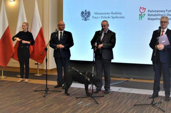 Ponad 1,2 mld złotych na wsparcie niepełnosprawnych przez samorządy