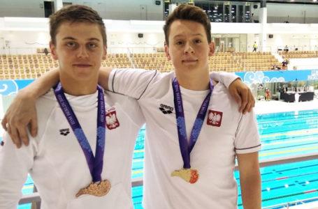 Worek medali na młodzieżowym Pucharze Świata w pływaniu w Berlinie