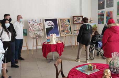 Szczecin: od poniedziałku wystawa sztuki niepełnosprawnych w Starej Rzeźni