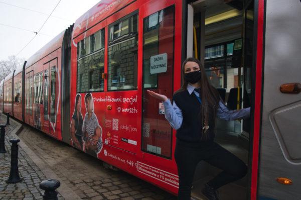 """Wrocław: ruszyła tramwajowa kampania """"Wrocław bez barier to ludzie"""""""