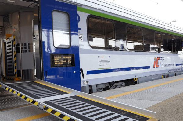 PKP Intercity zaprezentowało wagony w pełni przystosowane do potrzeb osób z niepełnosprawnościami