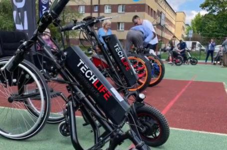 W Siemianowicach można było przetestować różne napędy do wózków inwalidzkich