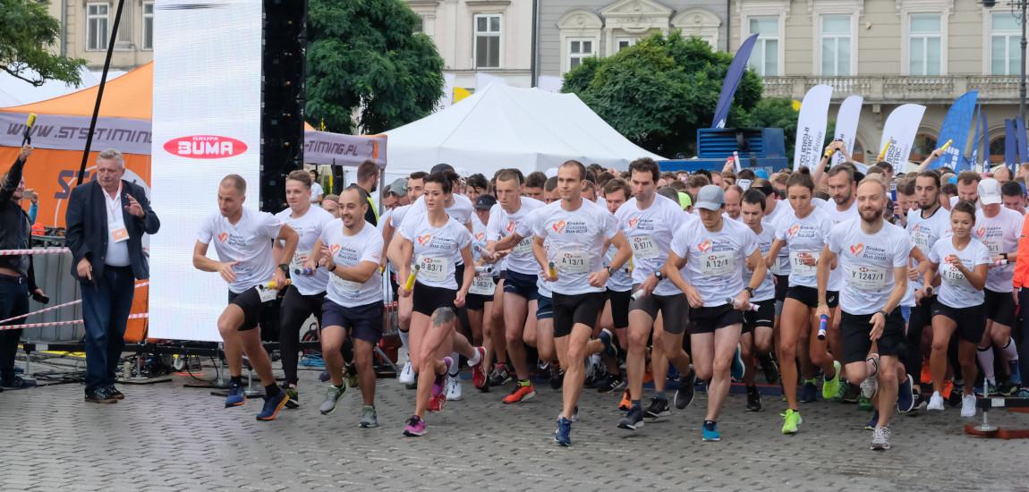 Zawodnicy startujący do biegu Poland Business Run