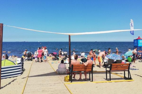 W gdańskim Brzeźnie otwarto plażę przyjazną osobom z niepełnosprawnościami