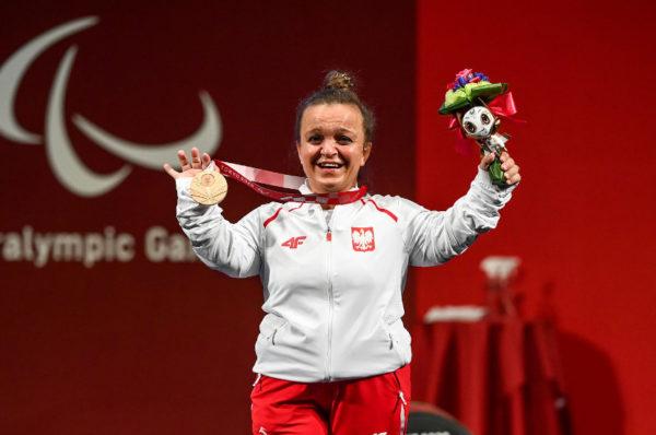 Justyna Kozdryk z brązowym medalem w podnoszeniu ciężarów