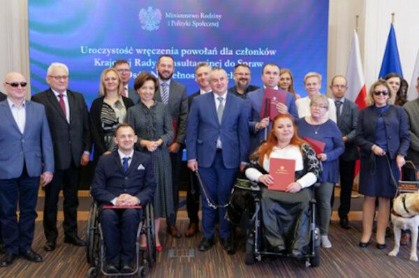 Wręczono powołania do Krajowej Rady Konsultacyjnej ds. Osób Niepełnosprawnych